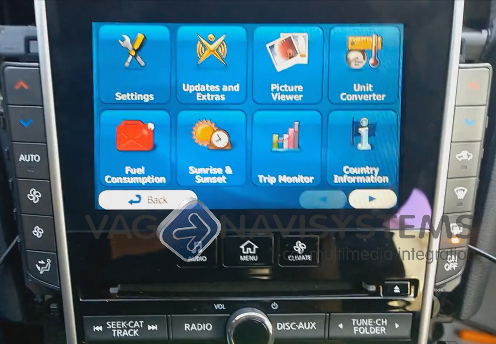Video interface with integrated Navigation WinCE GPS box - INFINITI